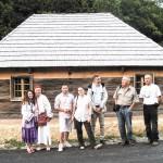 10. Casa Colda după reabilitare și membri ai echipei de profesori și organizatori, UdV 2013 ©RPER