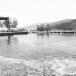 Lacul are 180 mp, este prevăzut cu 32 filtre ecologice fără instalaţie de clorinare şi aducţiune de apă din puţ forat. După filtrare, apa devine potabilă. Temperatura din piscina-lac este asigurată de o pompă geotermală. Apa acumulată în piscina-lac este filtrată şi recirculată în sistem.