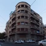 Imobil I. Klepper, str. Armenească 28 colț cu str. Semilunei 8