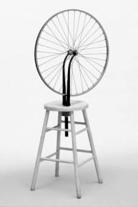 Marcel Duchamp, Roata de bicicletă (o lume cu fundu-n sus), 1913