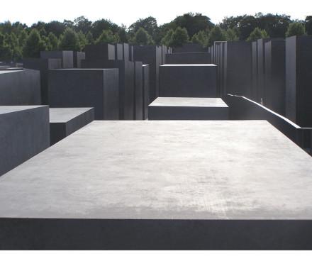 corect-holocaust