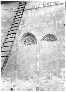 """Biserica """"Sf. Nicolae"""" a Mănăstirii Probota în timpul lucrărilor de restaurare, foto arh. Horia Teodoru, 1929;"""