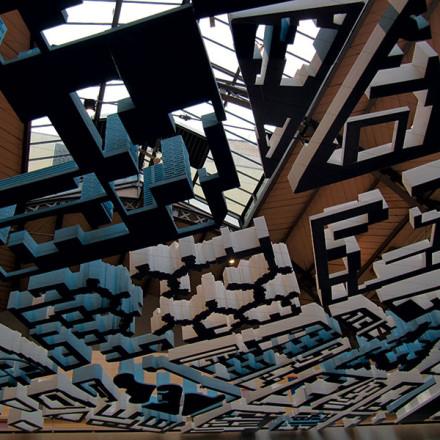 Imagine de ansamblu a expoziției Paris Habitat de la Pavillon de l'Arsenal © Antoine Espinasseau