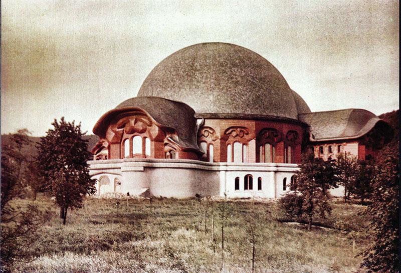 Primul Goetheanum © www.goetheanum.org