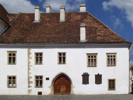Casa Matei Corvin Cluj Napoca