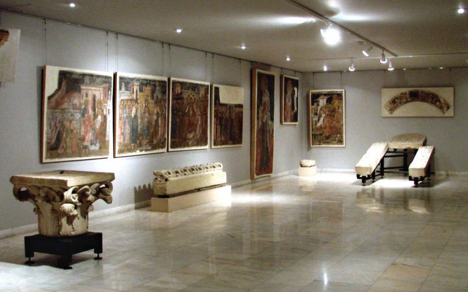 Sala de la MNAR dedicată Mănăstirii Văcăreşti, vedere din 2007; foto: Alexandru Panaitescu