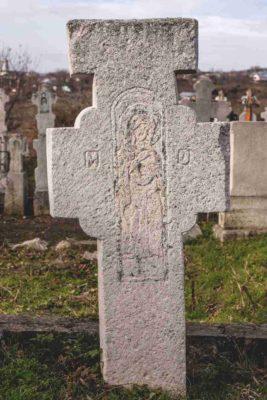 Fig. 31 Cruce de secol XIX, cimitirul parohial Greceanca, Buzău