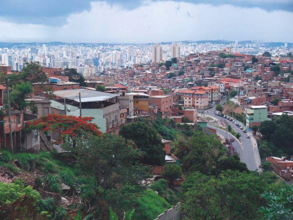 Aglomerado da Serra, Belo Horizonte, a treia favelă ca mărime din Brazilia