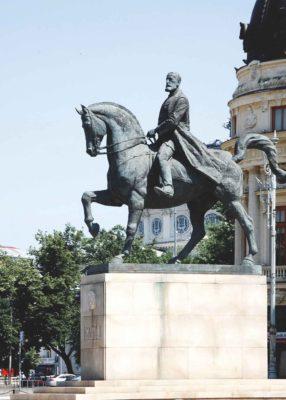 Statuia Regelui Carol I refăcută de sculptorul Florin Codre în 2010
