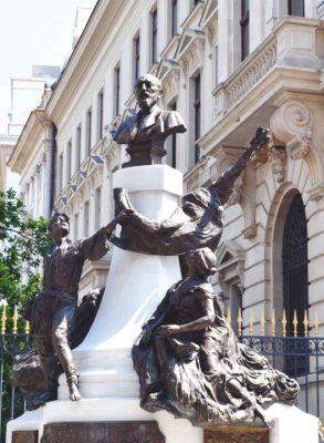 Reconstituit în 2013 de sculptorul Ioan Bolborea