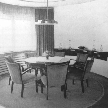 Fig. 10 - Fotografii interior 1936 (Viviendas, 5:45, martie 1936, p.74-77, în Gerardo Brown-Manrique, Rudolf Fränkel and Neues Bauen. Work in Germany, Romania and the United Kingdom,  Wasmuth, 2009, p. 48, 114)