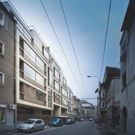 Imobil rezidențial pe strada Occidentului 40 (București, 2015-2017) ADN - Birou de Arhitectură Proiect selectat în lista scurtă - ianuarie 2019 ©Andrei Mărgulescu