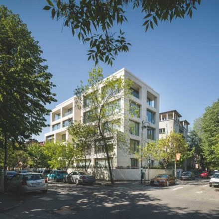 Imobil rezidențial pe strada Londra (București, 2014-2017) ADN - Birou de Arhitectură Proiect nominalizat - decembrie 2018 ©Cosmin Dragomir