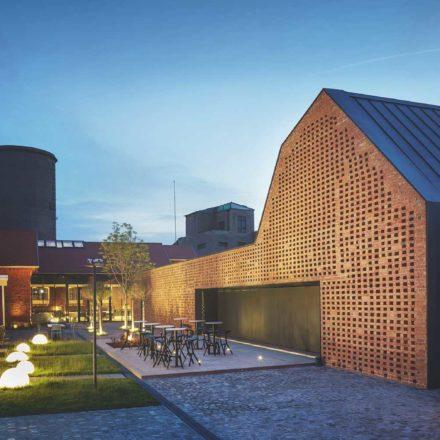 Restaurant Werk (Hunedoara, 2016-2017) Filofi și Trandafir Arhitectură Proiect nominalizat - decembrie 2018 ©Cosmin Dragomir