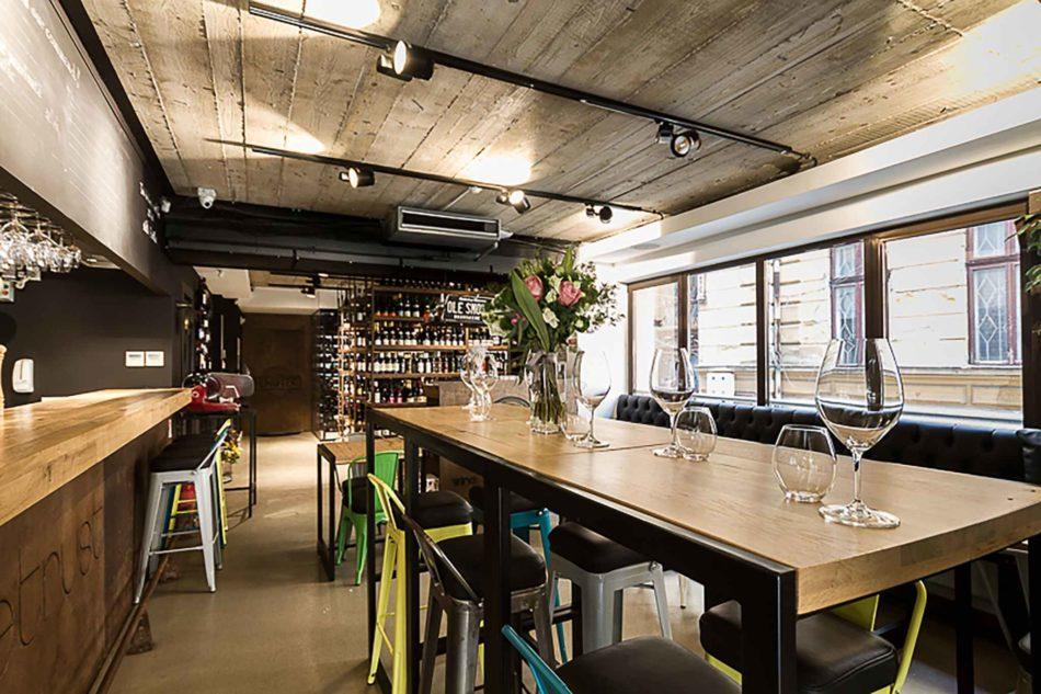 Wine bar Enotek