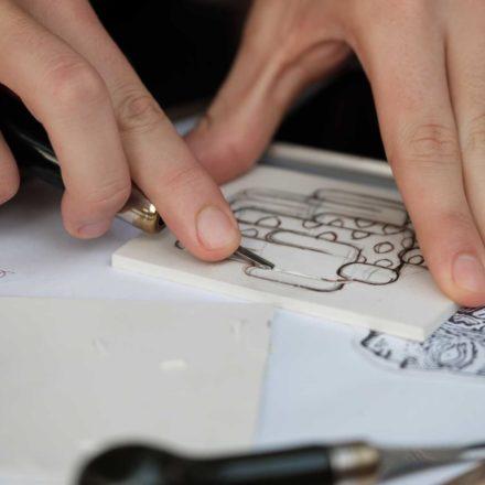 Atelier de linogravură cu Maria Bălan, by feeder.ro