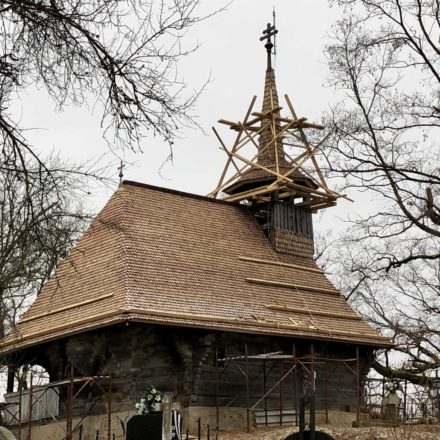 Biserica de lemn din Brusturi, comuna Creaca, județul Sălaj după finalizarea intervenției