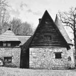 """5 Locuința familiei """"Casa Ciorii"""" din Stâna: E60 (Oradea - Cluj-Napoca), sat Stâna, județul Sălaj, România http://ro.wikipedia.org/wiki/Fi%C8%99ier:Casa_arhitectului_K%C3%B3s_K%C3%A1roly.jpg"""