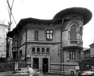 9. Virginia Haret (1894-1963) Vila Virginia Andreescu, Intrarea Spătarului 8 (1926)