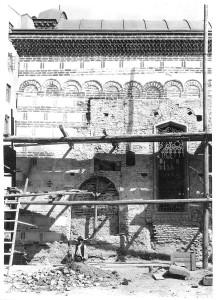 """Biserica """"Buna Vestire"""" – Curtea Veche în timpul lucrărilor de restaurare, foto arh. Horia Teodoru, 1929"""