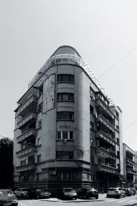 13. Jean Monda (1900-1987) Imobilul dr. Theodor Solacolu, Dionisie Lupu 54 (1934)