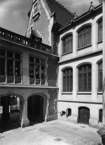 Fațada dinspre nord a reședinței Niculescu-Dorobanțu, 1939 © Colecția Stănescu