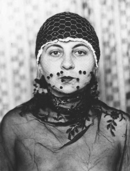 Gertrud Arndt, 1930