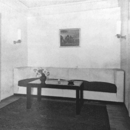 Fig. 8- Fotografii interior 1936 (Viviendas, 5:45, martie 1936, p.74-77, în Gerardo Brown-Manrique, Rudolf Fränkel and Neues Bauen. Work in Germany, Romania and the United Kingdom,  Wasmuth, 2009, p. 48, 114)