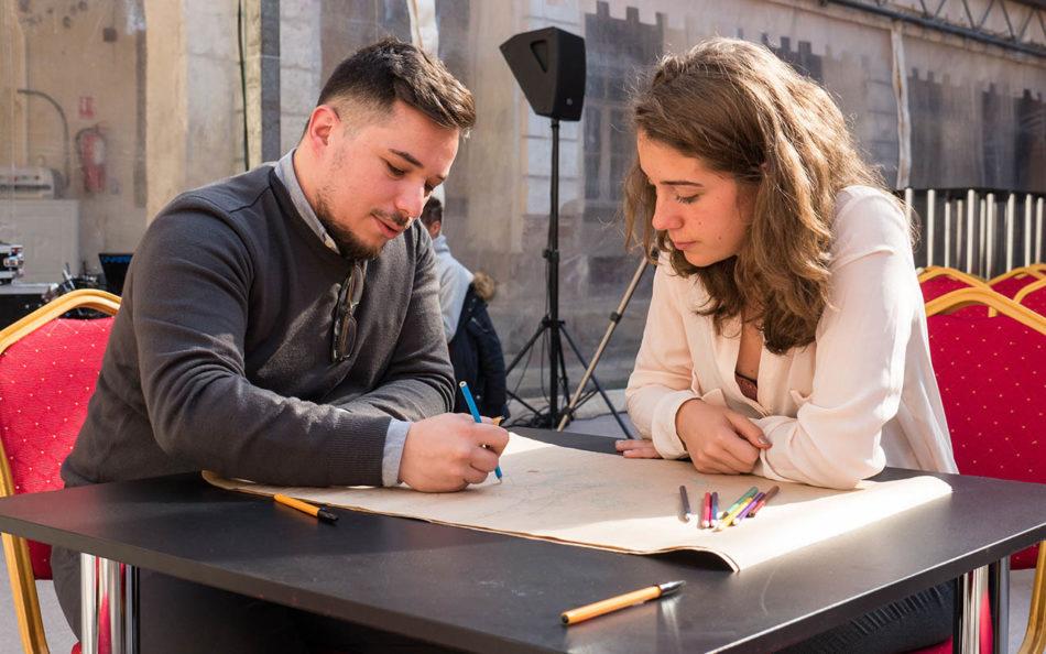 consultari arhitecti tineri
