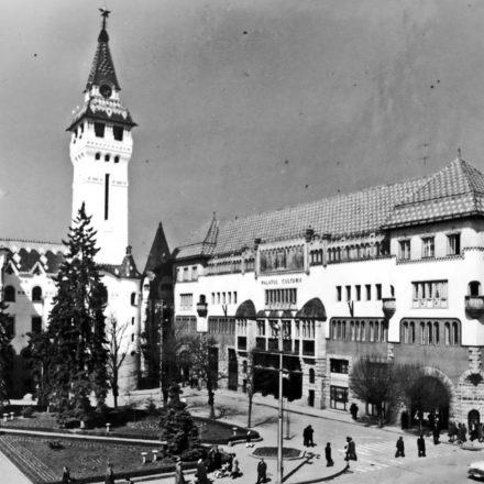 Centrul Municipiului Târgu Mureș, Palatul administativ, 1905 și Palatul Culturii, 1911, arh. Jakab Dezső şi Marcell Komor